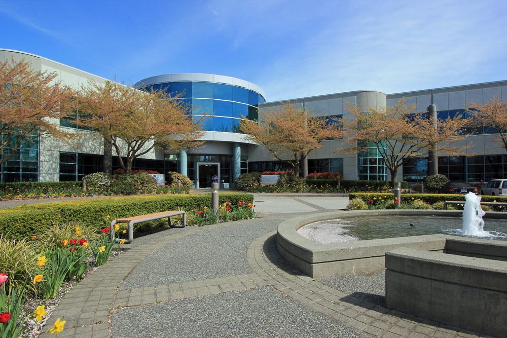 https://i2.wp.com/crestwoodcorporatecentre.com/wp-content/uploads/2020/07/Crestwood-Corporate-Centre-Building-6-Exterior-2.jpg?fit=1000%2C667&ssl=1