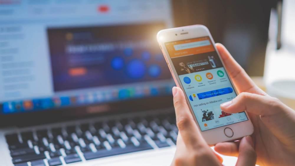 Dicas INCRÍVEIS de como anunciar no Instagram de forma efetiva! Blog Mercado Binário, agência de marketing digital e criação de sites em Curitiba
