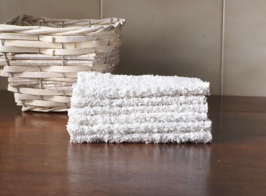 Foto con unas toallitas de tela lavables hechas de toalla