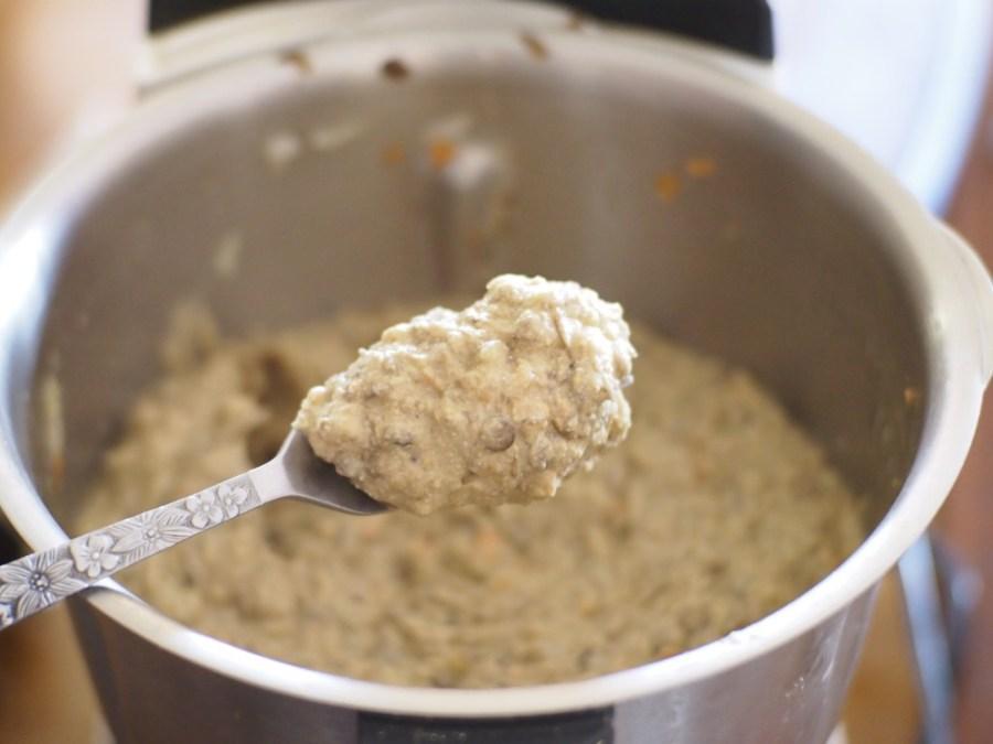 Consistencia de la masa para las hamburgueses vegetarianas de lenetejas y judías o habichuelas