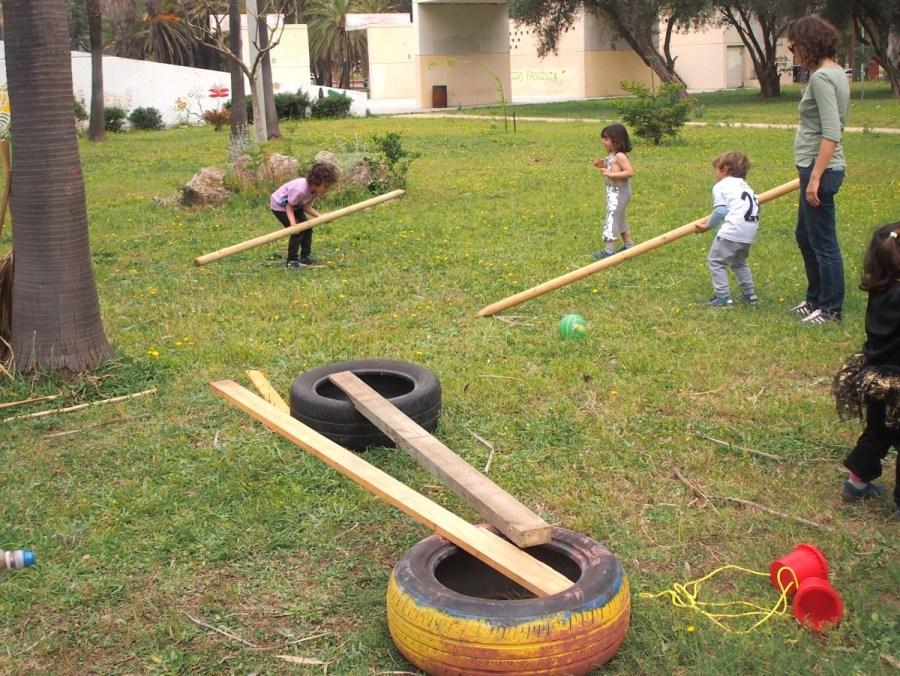 Materiales desectructurados de juego al aire libre