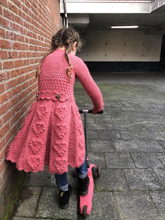 SweetHeart Girl Cardigan Crochet by Elize Klaassen