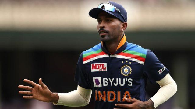 हार्दिक पांड्या, भारतीय गेंदबाज
