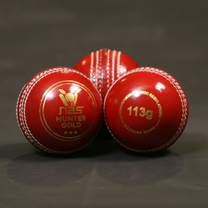 NAS Cricket Ball - Hunter Gold 113g Red 100282