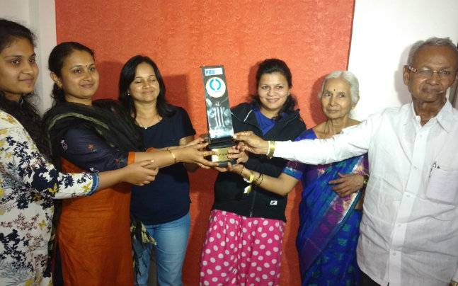 Kedar Jadhav family with the man of the match trophy