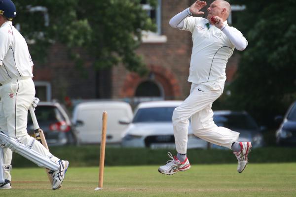 Grey Fox Trophy bowler