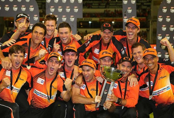 Perth Scorchers Win Big Bash League (BBL T20) 2014/15