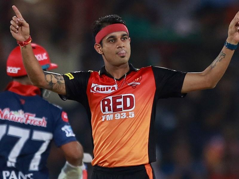 Sunrisers Hyderabad bowler Siddharth Kaul celebrates the wicket of Delhi Daredevils' Shreyas Iyer