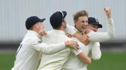 England wins the 3rd Test by an innings and 53 runs 1