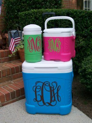 This monogrammed set of water coolers are just too awesome! WANT!