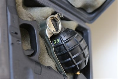 granaat vuurwapens coke satudarah, inval lid satudarah wapens