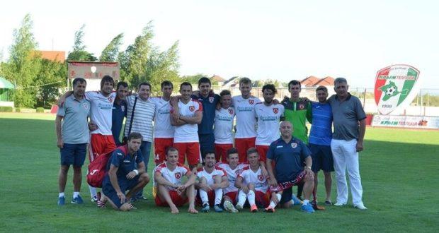 Ялтинский «Рубин» остался в крымской Премьер-лиге