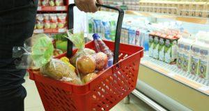 Россияне жалуются на цены меньше, чем раньше