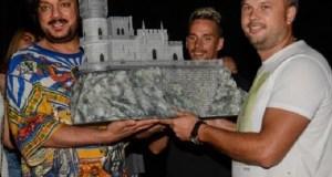 Киркоров увозит из Крыма «Ласточкино гнездо»