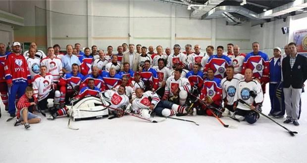 Сегодня в Симферополе стартует Ночная хоккейная лига