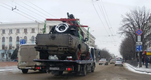 В Крыму определили тарифы на эвакуацию авто