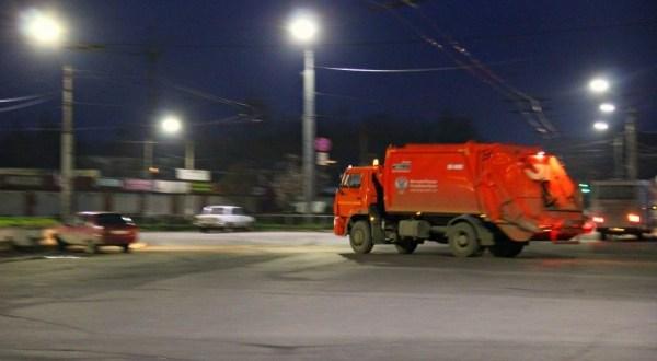 В Симферополе убрали два десятка стихийных свалок