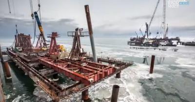 Ледоход в Керченском проливе строительству моста не помешал