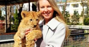 Животные зоопарков Олега Зубкова получили паспорта