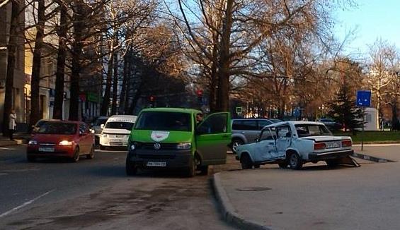 ДТП в Крыму: 22 марта - страдали симферопольцы...