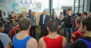 Сергей Аксёнов побывал в Краснолесье, в училище олимпийского резерва