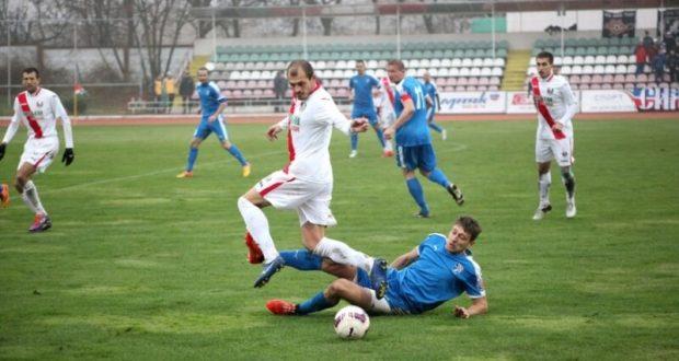 В Чемпионате Премьер-лиги Крымского футбольного союза снова смена лидера