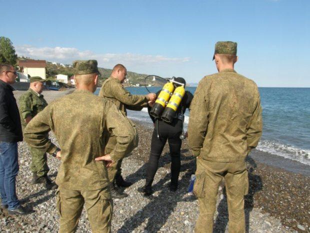 На пляже под Алуштой нашли три миномётные мины