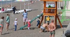 Пляжи Судака готовят к курортному сезону
