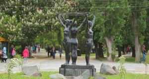 Симферопольские «Три Грации» снова с обручами