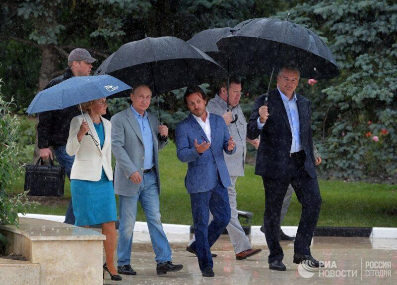 Владимир Путин в Крыму. Ожидания и возможные последствия