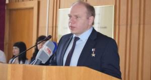 Герой России Олег Котов стал почётным гражданином Симферополя