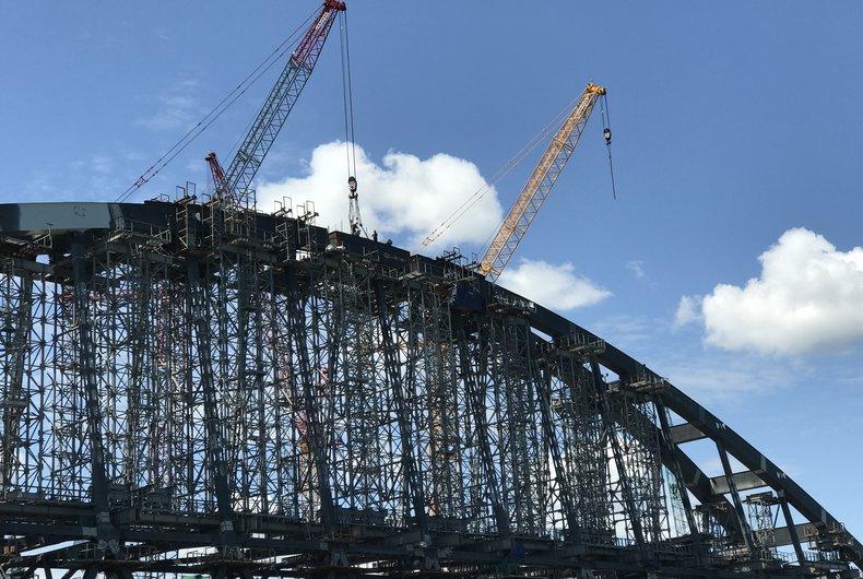 Внезапно! Украина недовольна строительством Россией моста через Керченский пролив