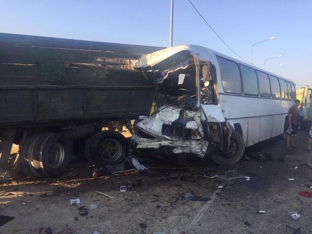 На Кубани в аварию попал автобус с детьми из Крыма. Погибли четыре человека