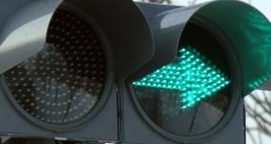 В Севастополе убрали «зеленые стрелки» на светофорах