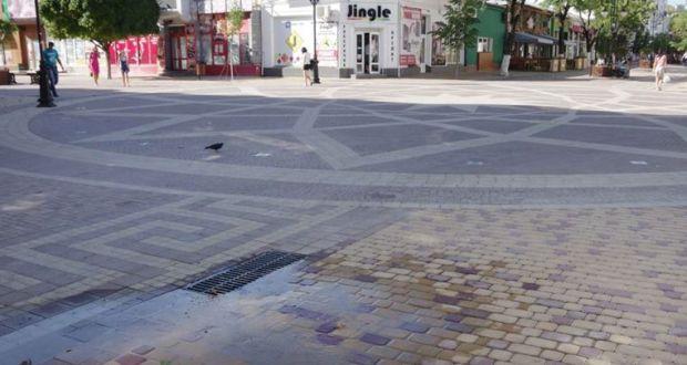 В центре Симферополя случился мини-потоп