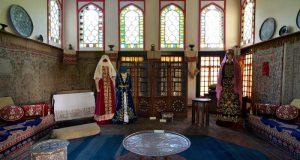 Традиции и культуру крымских татар раскроет выставка «Хайтарма» в Бахчисарае