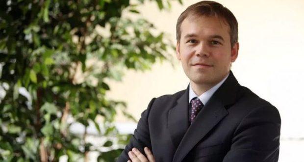 Зампред ЦБ Василий Поздышев не явился по вызову Генпрокуратуры и покинул Россию