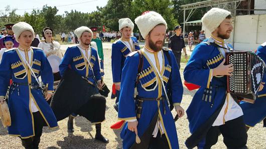 На фестивале «Крымские тулумбасы» покажут казачьи обряды и традиции