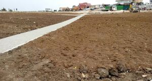 На плато Ай-Петри укладывают тротуарную плитку