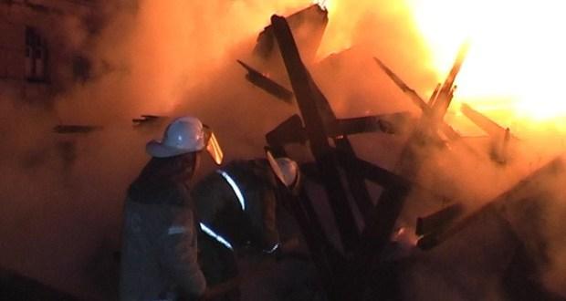 Ночью на пожаре под Симферополем спасатели нашли труп
