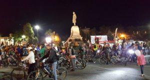 ВелоНочь в Севастополе велопотоком прокатилась по городу
