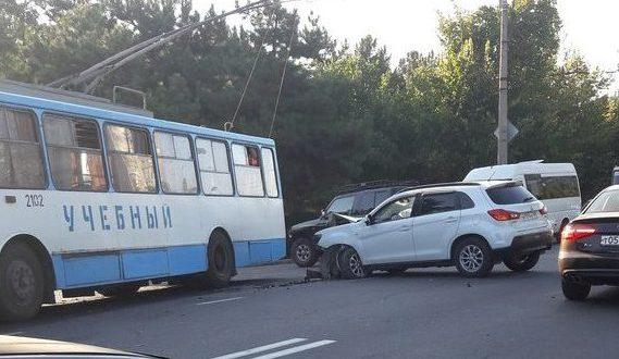 ДТП в Крыму: 14 сентября. Не уступил, не справился, не выбрал дистанцию... Водители друг друга не замечали