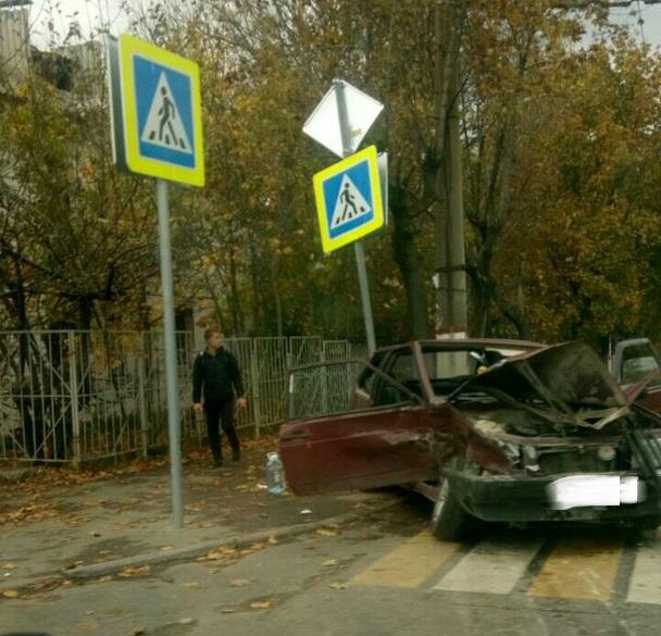 ДТП в Симферополе. Перекресток, мокрая дорога и пятеро пострадавших