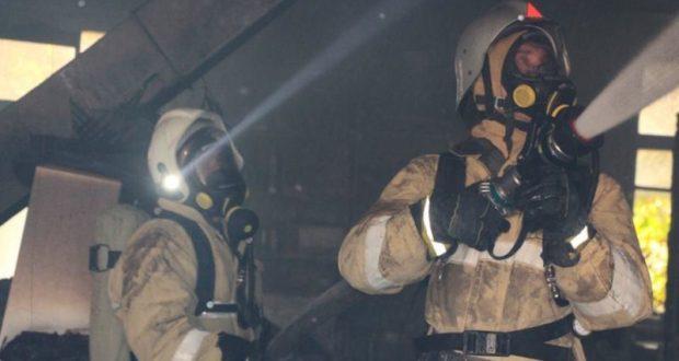 На пожаре в Нижнегорском районе спасены два человека
