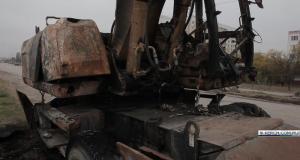 В Керчи сгорел экскаватор, который совсем недавно «убил» водителя мопеда