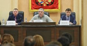 Аксёнов решил «глушить» украинскую пропаганду песнями военных лет