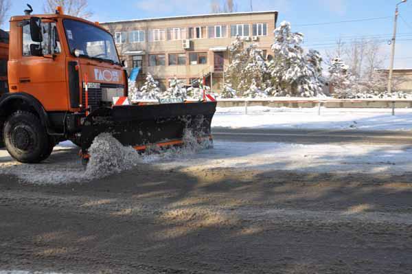 Коммунальщики Симферополя готовятся к снегопаду