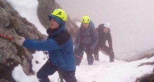Чатыр-Даг в снегу и в тумане - турист на гору взошёл, назад спуститься не смог