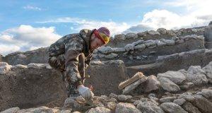 Археологи исследуют древнее поселение у будущего железнодорожного подхода к Крымскому мосту
