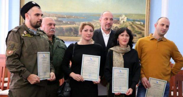 Фермерам Севастополя раздают деньги - гранты на миллионы рублей